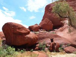 OBT 8 back of Uluru