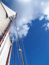 I S scenes sails & clouds