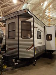 MN RV2 trailer front